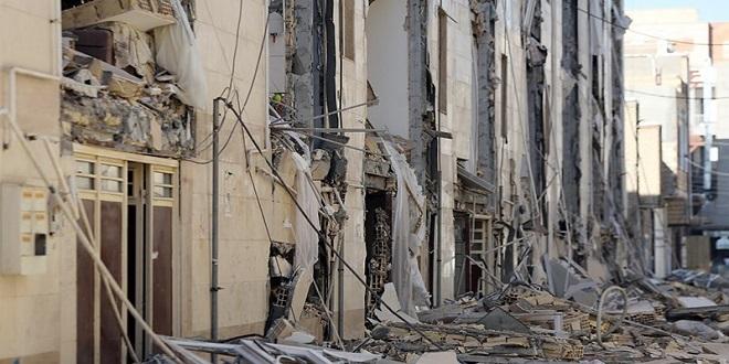 دیدن درد انسان های زلزله زده تلنگری برای زنده نگه داشتن انسانیت
