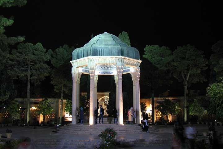 حافظیه و سعدیه، آرامگاه شاعران مشهور شیرازی