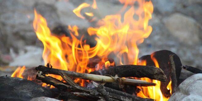 روشن کردن آتش بدون کبریت